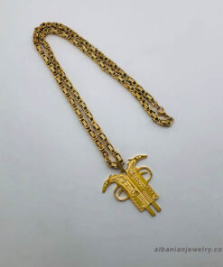 Albanian eagle necklace - gun shaped in gold